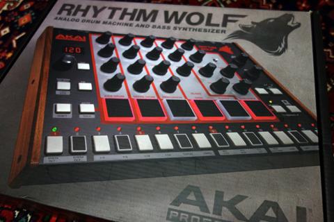 rhythmwolf_akai_1.jpg
