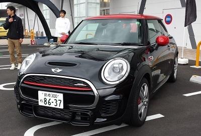161106_Car01.jpg