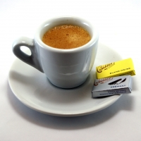 1280px-Espresso_and_napolitains.jpg