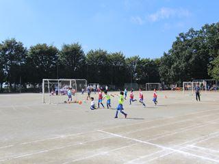 サッカー教室 鶴ヶ島長久保小学校にて 2016-10-2 (13)_R
