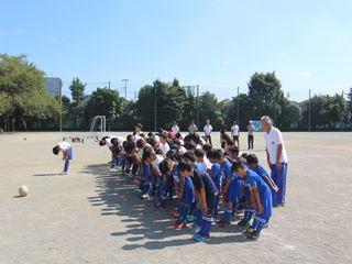 サッカー教室 鶴ヶ島長久保小学校にて 2016-10-2 (24)_R