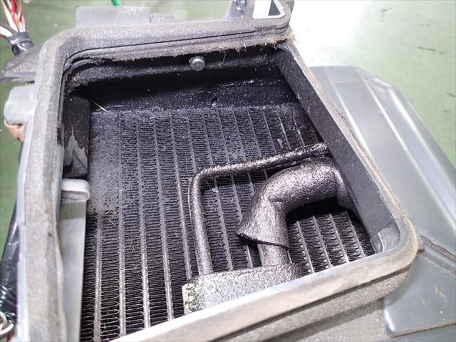 カローラ エアコン修理
