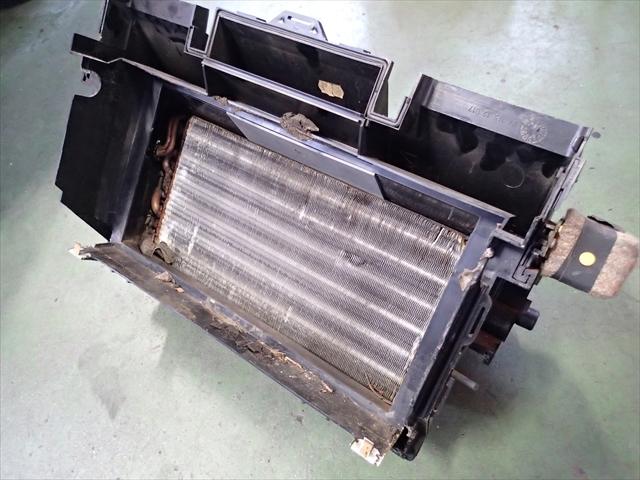 ベンツR107 エアコン修理