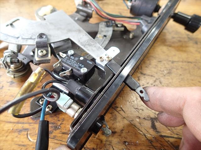 いすゞ117クーペ エアコン修理