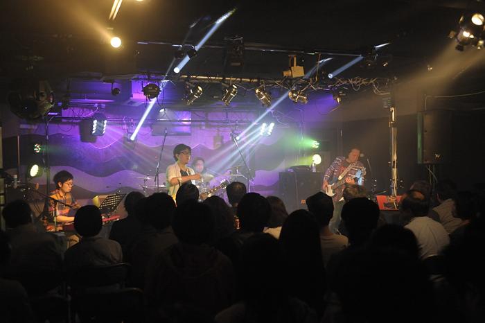 鳴海529F