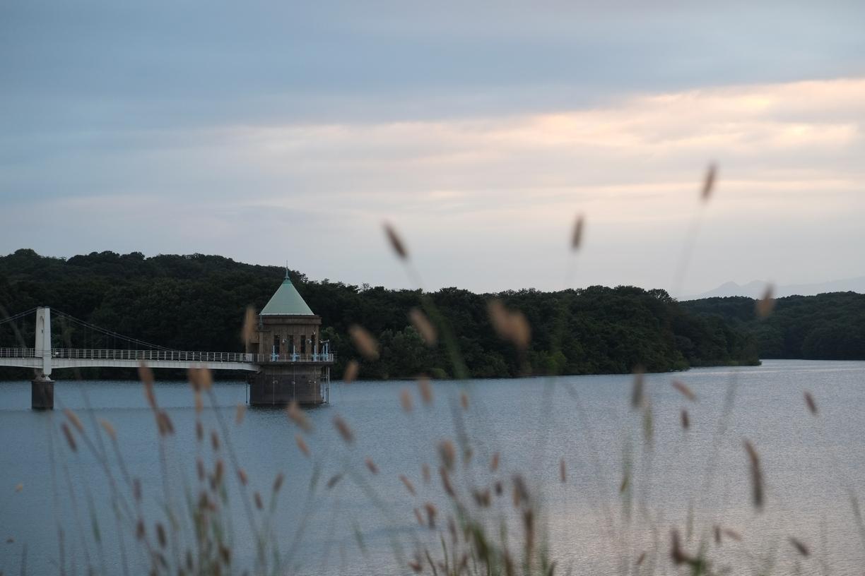 多摩湖の取水塔
