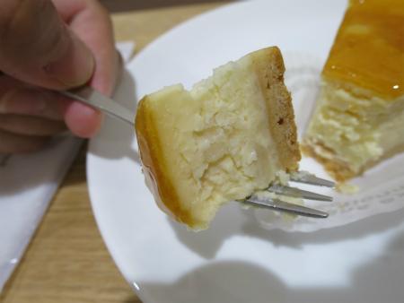 ケーキ旨し