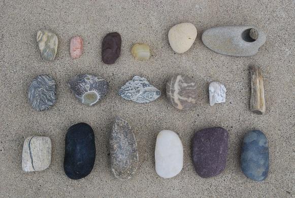 石ころ若松北海岸