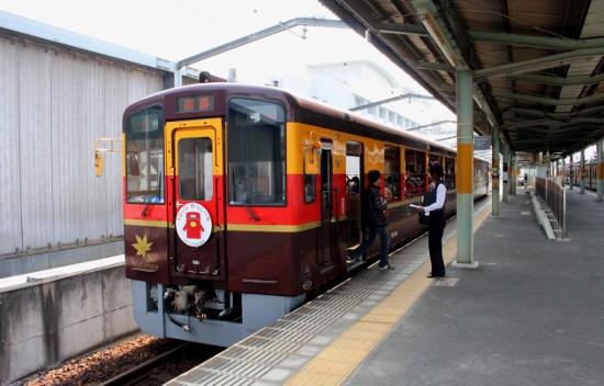 ①桐生駅トロッコわっしー (550x352)