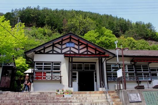 ⑫通洞駅 (550x367)