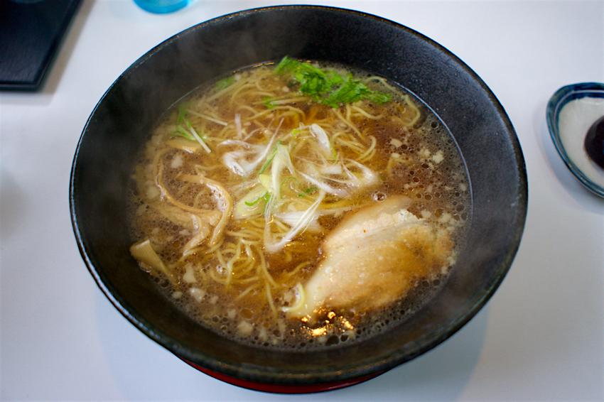 味ろく@さくら市卯の里 醤油ラーメン 背脂1