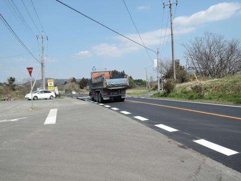 子供がダンプに事故に遭ってしまった青田交差点フルーツライン⓪4工事完了