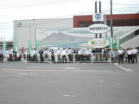 平成28年6月30日石岡駅前「岡田 広」街頭演説④