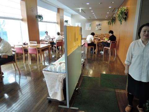 レストラン「マルシェ」ステーキ丼③