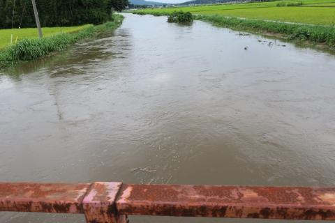 台風7号の恋瀬川。考案寺橋(片野地区)①