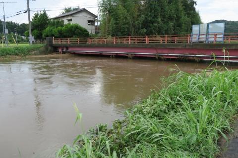 台風7号の恋瀬川。考案寺橋(片野地区)⑫