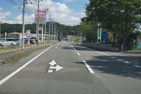 「危険極まりない交差点!」八郷支所西側がよくなりました! (4)