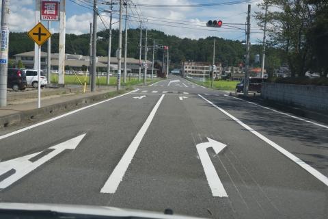 「危険極まりない交差点!」八郷支所西側がよくなりました! (5)