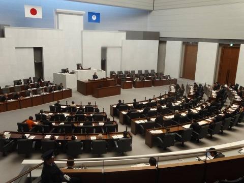 県議会最終日「閉会」 (3)