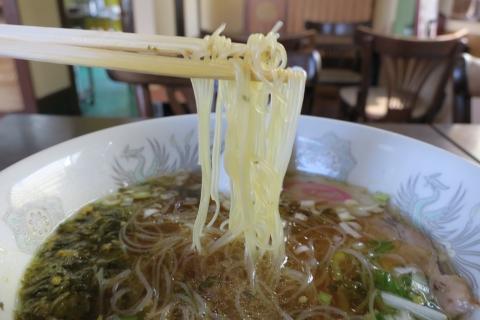 異風園「醤油ビーフン麺」 (2)