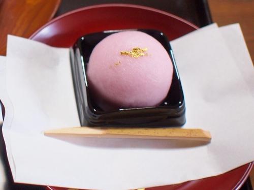 500桜茶と御饅頭160424002 - コピー