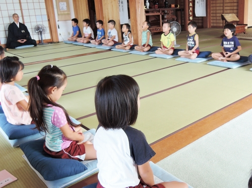 500保育園児の坐禅体験161004