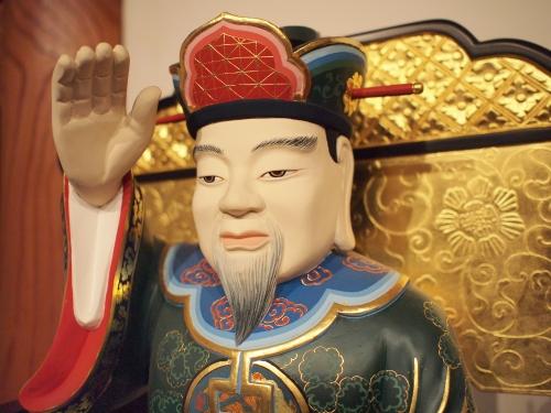 500東光寺の須弥壇002