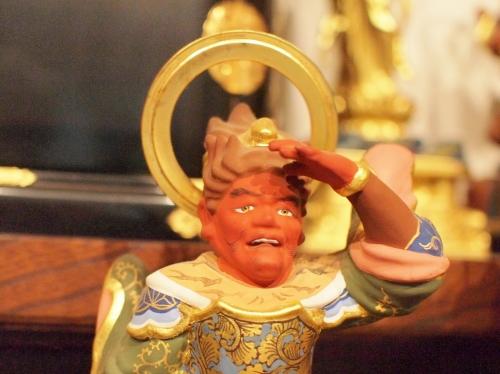 500東光寺の須弥壇003