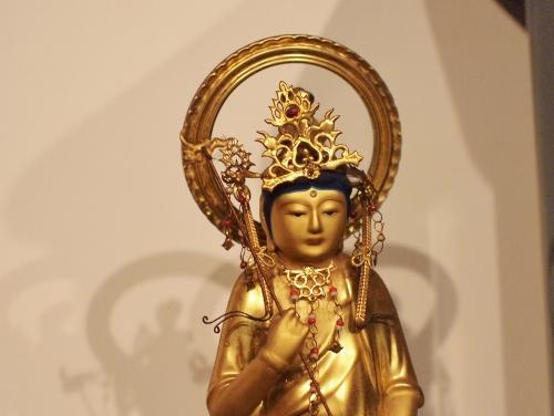 500東光寺の須弥壇005