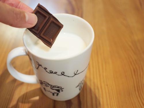 500牛乳とチョコレートとホットチョコレート3