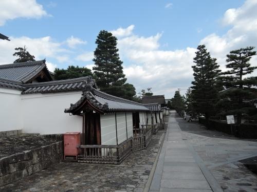 500妙心寺の瓦を見て5