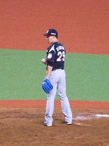 12抑え西野投手0427