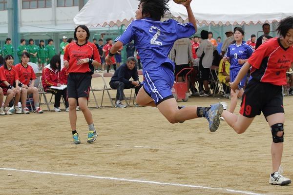 高校総体中予地区予選女子準決勝 松南-松北 160423 01