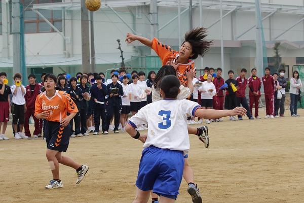 高校総体中予地区予選女子決勝 松山中央-松山北 160424 01