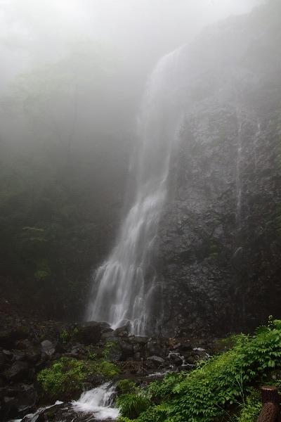 白猪の滝 160613 02