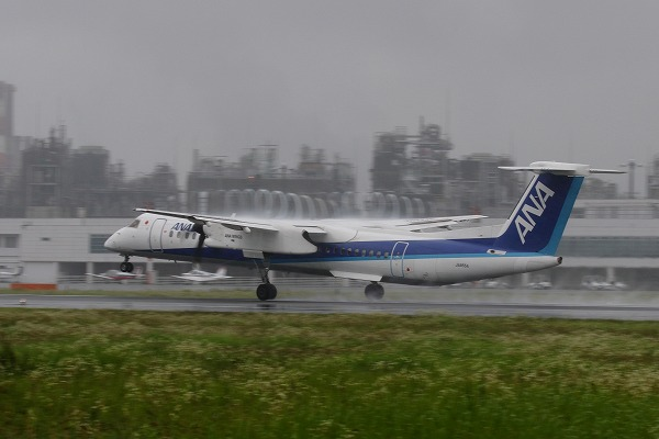 EH DHC-8-402Q JA855A RAJOM 02