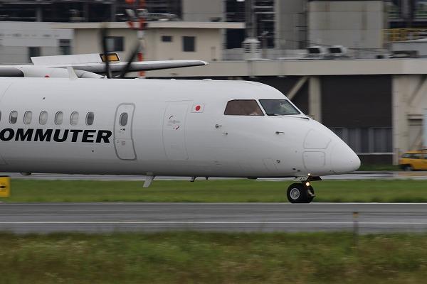 3X DHC-8-402Q JA841C 160709 03