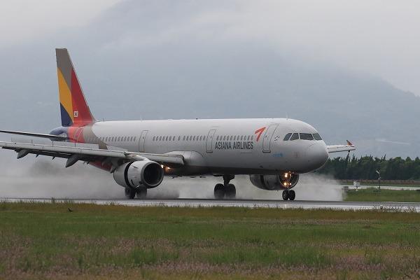 AAR A321-231 HL8266 RJOM 160918 03