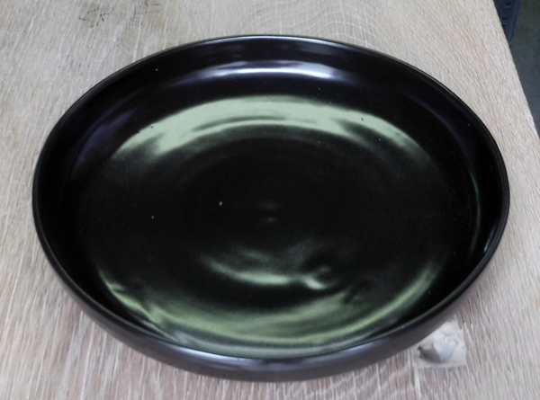 黒マットの中深皿1.jpg