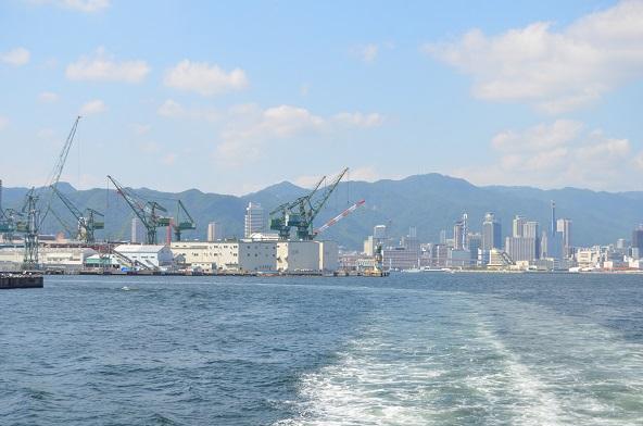 神戸と川重、三菱