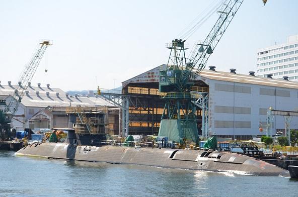 12 川重 潜水艦