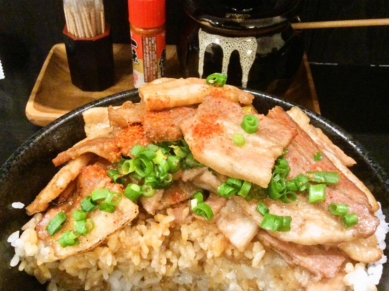 ガッツ亭(豚丼)