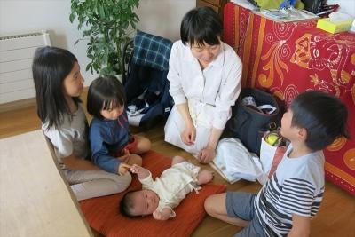 1016加奈子さんと子ども達_R2