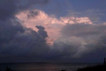 曇り空夜明け前10-18-6-24 DSC09505