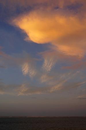 日の出前南の朝焼け DSC04737