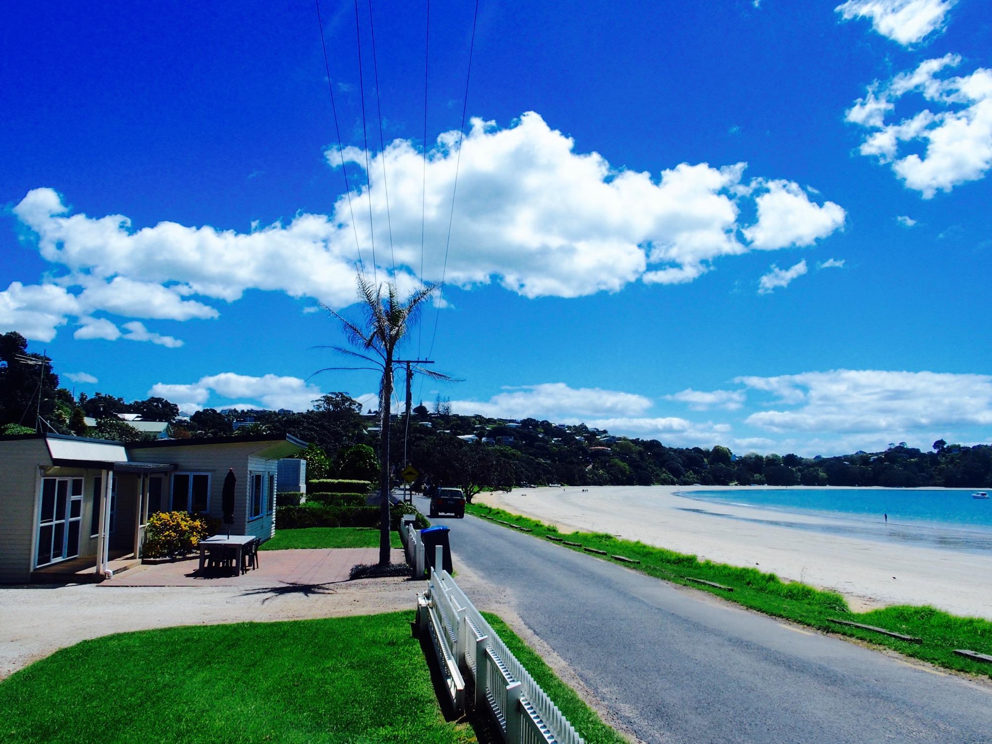 別荘とビーチ