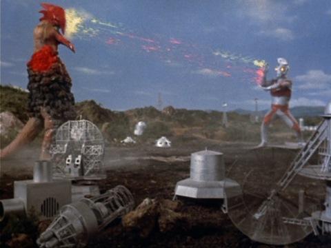 メタリウム光線でコオクスを撃退