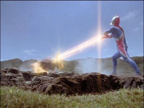 コズミューム光線でテールダスのカオスヘッダーを除去
