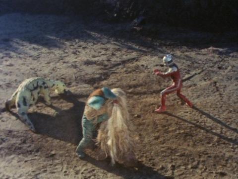 ウルトラセブン vs エレキング vs イカルス vs ウー