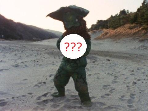 イカルスが使っていた武器は?